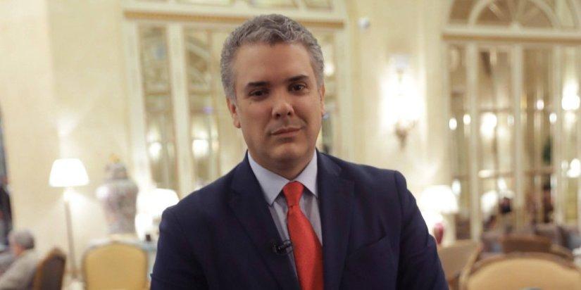 Iván Duque gana primera vuelta en presidenciales enColombia